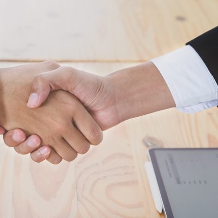 Selecting the Best Logistics Partners in Global Trade